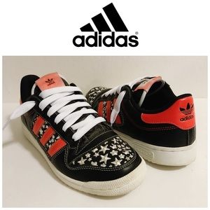 Adidas Stars Black Red & White Sneakers Size 9
